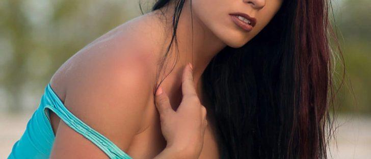 Ari Perez MicroMAG - Victoria Loren 9