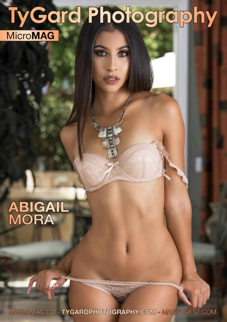 TyGard Photography MicroMAG - Abigail Mora 1