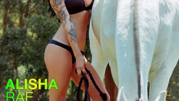 Vanquish Tattoo Magazine - October 2015 - Alisha Rae 2